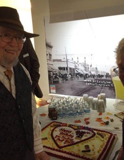 Peggy_Malone_reception_Al_Annie_Albrethsen_cake